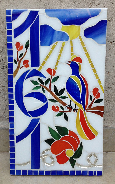 Número de mosaico com pássaro e flores
