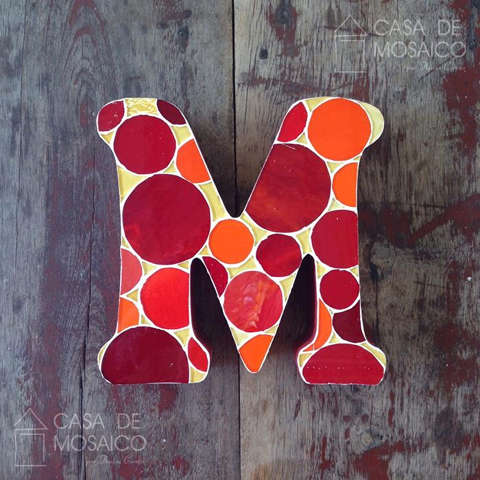 Letra M de mosaico