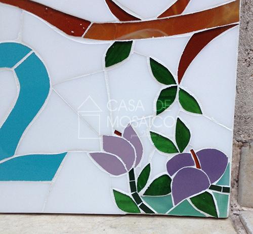 Número de mosaico com passarinhos