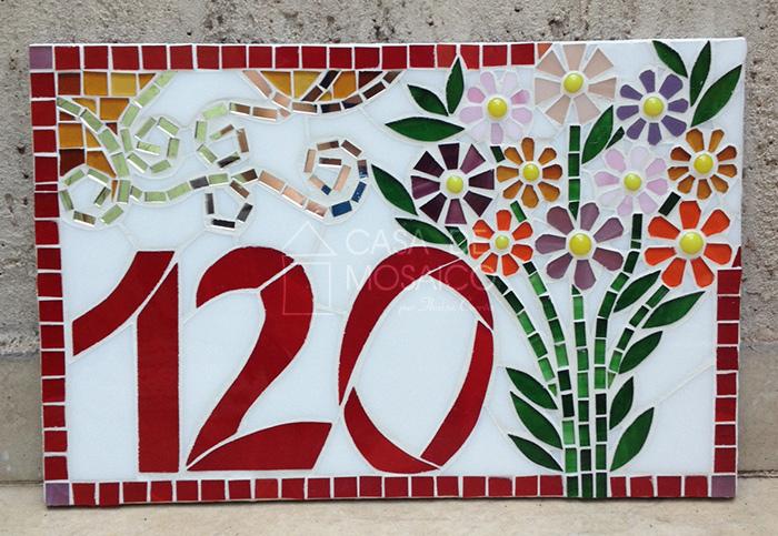 Número de mosaico com flores do campo