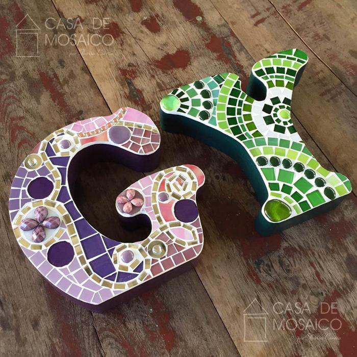 Letras de mosaico para decoração