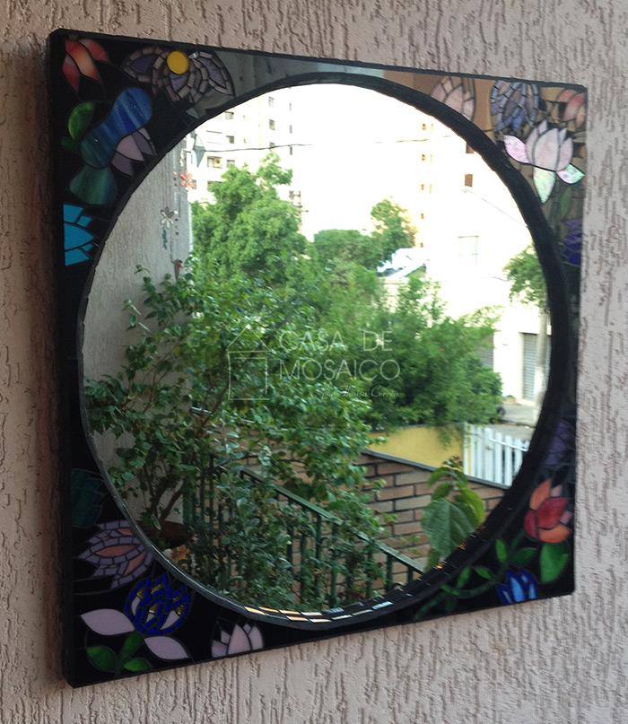 Espelho de mosaico inspirado em Gustav Klimt