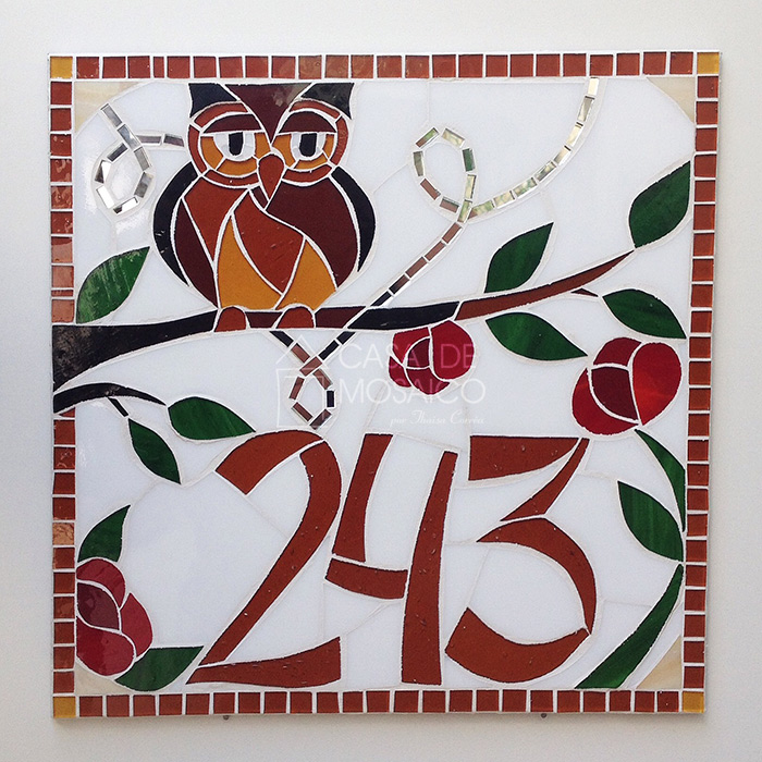 Número de mosaico com coruja