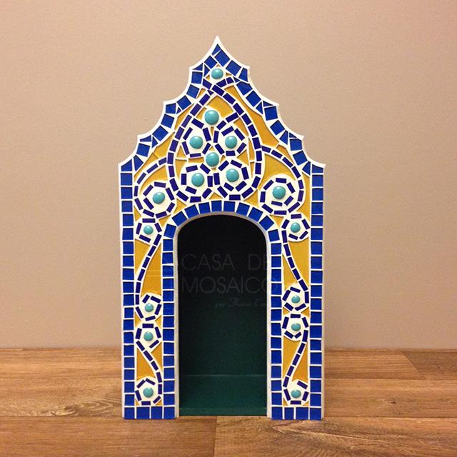 Oratório em mosaico de vidro