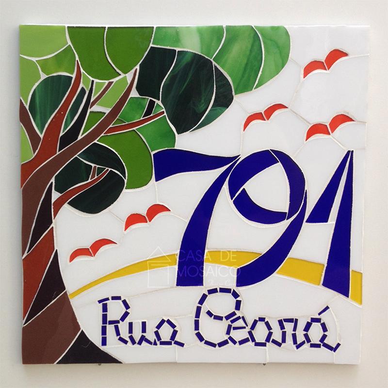 Número de mosaico com desenho de árvore