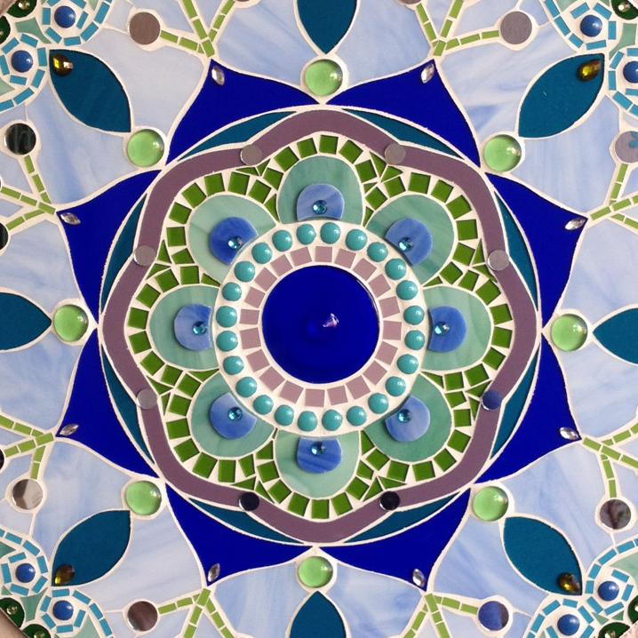 Detalhe da mandala de mosaico